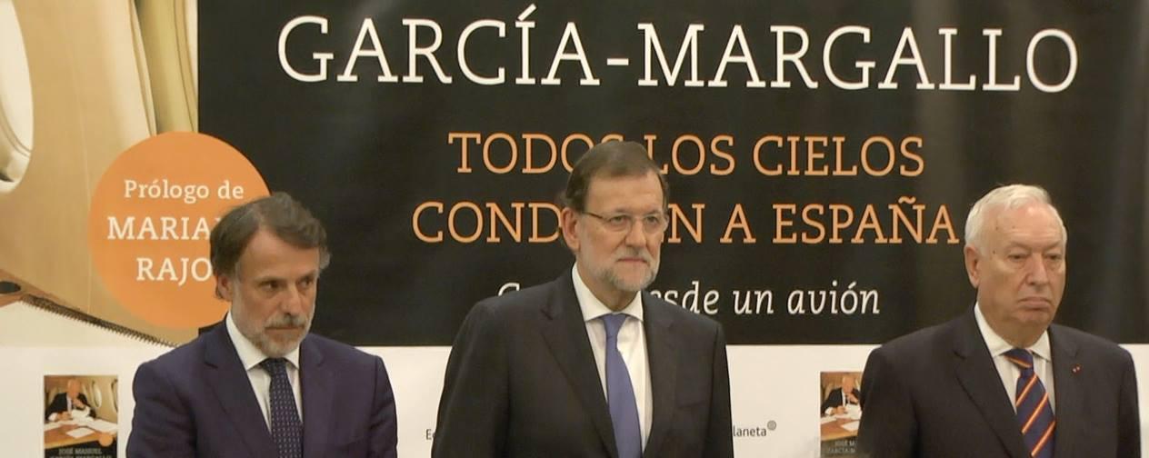 Presentación del libro Todos los cielos conducen a España