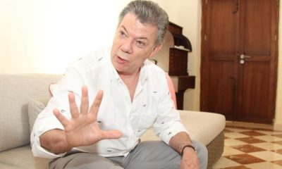 (Santos concede una entrevista exclusiva al periodista Ernesto Taborda)