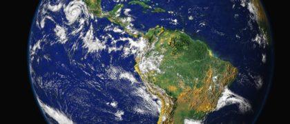 """Relief Earth Planet Foto. Extraído de """"Avopix"""". Licencia CC Zero."""