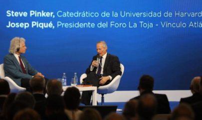Steve Pinker y el exministro Josep Piqué. Fuente: M. Muñiz.